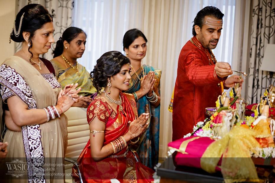 Chicago-Wedding-Photography-South-Asian-Indian-Wedding-0175-931x620 South Asian Indian Wedding at JW Marriott - Shreya + Monil