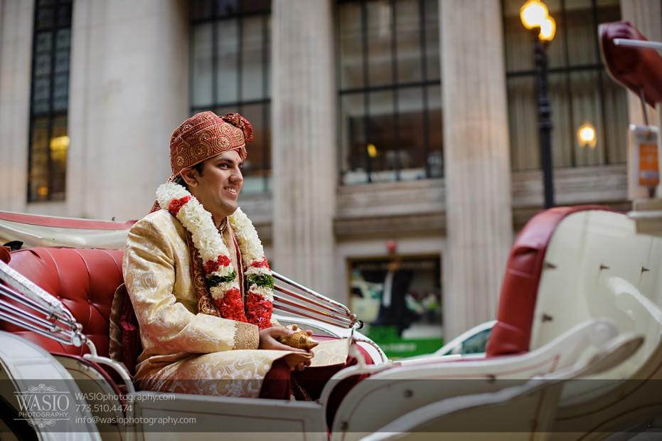Chicago-Wedding-Photography-South-Asian-Indian-Wedding-0181-Baraat-LaSalle-downtown-931x620 South Asian Indian Wedding at JW Marriott - Shreya + Monil