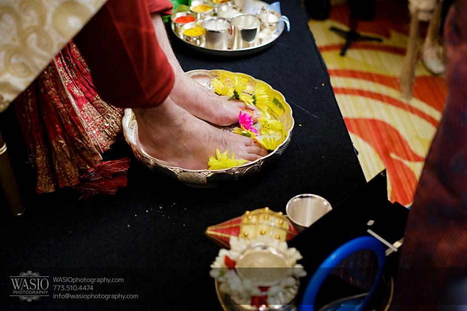 Chicago-Wedding-Photography-South-Asian-Indian-Wedding-0187-931x620 South Asian Indian Wedding at JW Marriott - Shreya + Monil