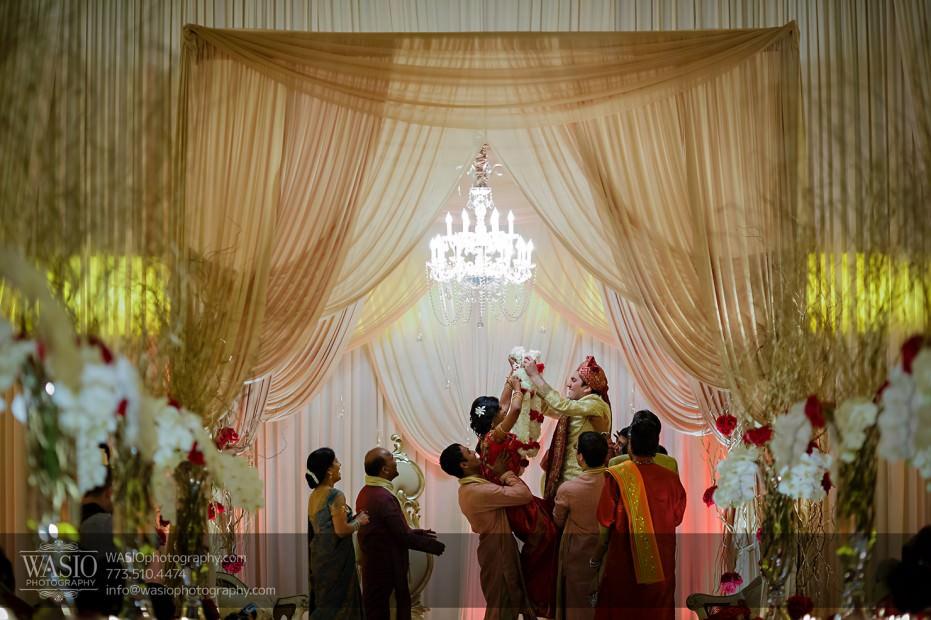 Chicago-Wedding-Photography-South-Asian-Indian-Wedding-0197-931x620 South Asian Indian Wedding at JW Marriott - Shreya + Monil