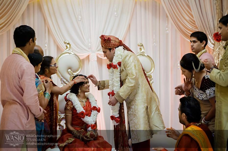 Chicago-Wedding-Photography-South-Asian-Indian-Wedding-0199-931x620 South Asian Indian Wedding at JW Marriott - Shreya + Monil