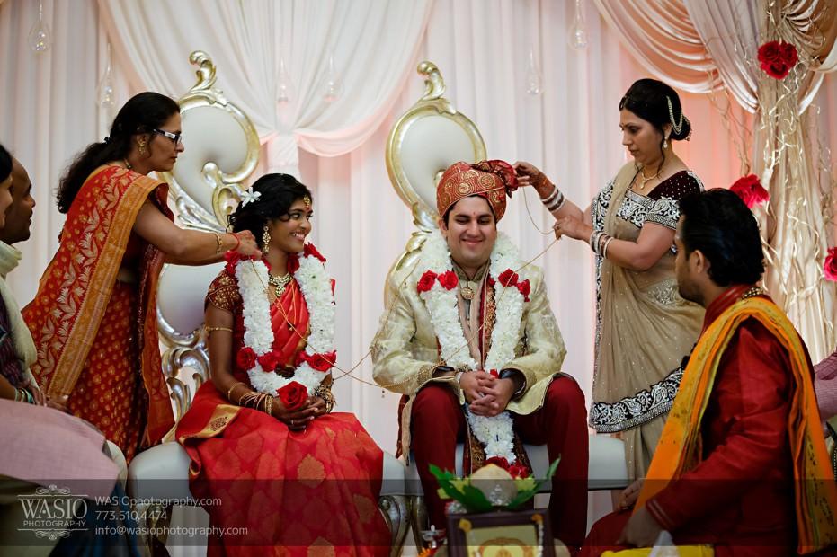 Chicago-Wedding-Photography-South-Asian-Indian-Wedding-0201-931x620 South Asian Indian Wedding at JW Marriott - Shreya + Monil