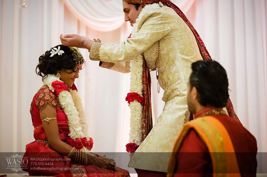 Chicago-Wedding-Photography-South-Asian-Indian-Wedding-0203-931x620 South Asian Indian Wedding at JW Marriott - Shreya + Monil
