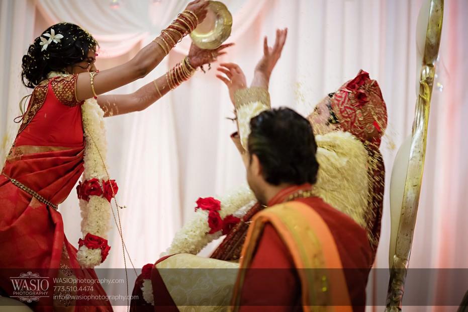 Chicago-Wedding-Photography-South-Asian-Indian-Wedding-0205-931x620 South Asian Indian Wedding at JW Marriott - Shreya + Monil
