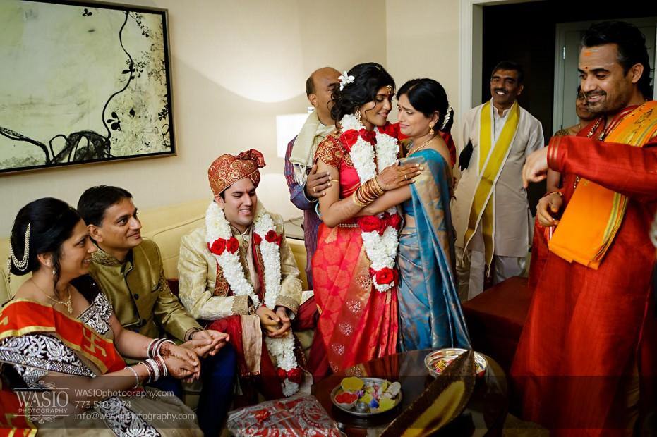 Chicago-Wedding-Photography-South-Asian-Indian-Wedding-0211-931x620 South Asian Indian Wedding at JW Marriott - Shreya + Monil