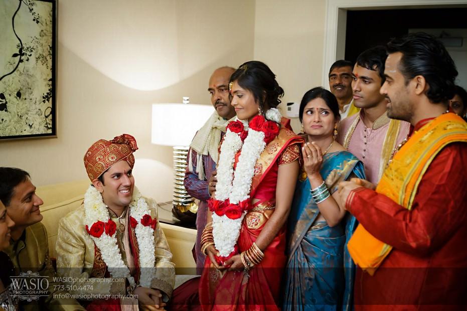 Chicago-Wedding-Photography-South-Asian-Indian-Wedding-0213-931x620 South Asian Indian Wedding at JW Marriott - Shreya + Monil