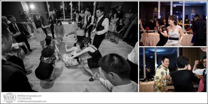 Chicago-Wedding-Photography_183-680x341 Chicago Hotel Wedding - Trump Tower - Angela + Chris