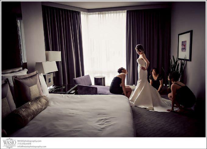 Chicago-Wedding-Photography_184-680x490 Chicago Hotel Wedding - Trump Tower - Angela + Chris