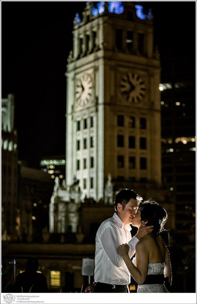 Chicago-Wedding-Photography_185-680x1050 Chicago Hotel Wedding - Trump Tower - Angela + Chris