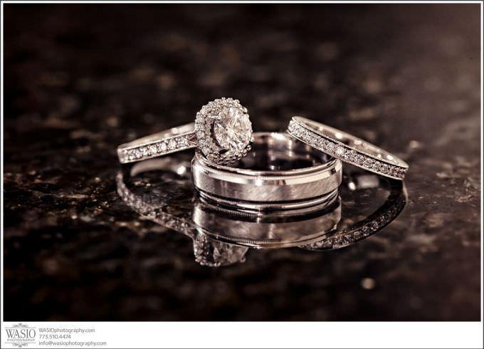 Chicago-Wedding-Photography_412-amazing-detail-wedding-ring-680x490 Indiana Hoosiers love story - Kelly + Matt