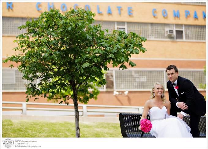 Chicago-Wedding-photographer-chocolate-factory-fun-couple-portrait-680x488 Shedd Aquarium Wedding & Grant Park's Tiffany Garden - Julie & Caleb
