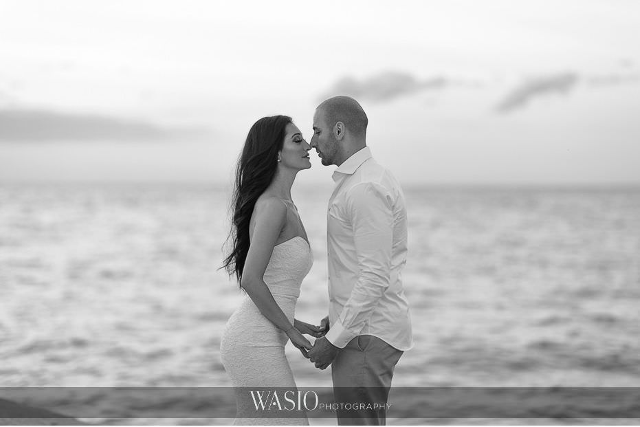 Chicago-beach-london-house-engagement-North-Avenue-Lake-Michigan-Black-white-photography-71 Chicago Beach & London House Engagement - Donna + Sharbel