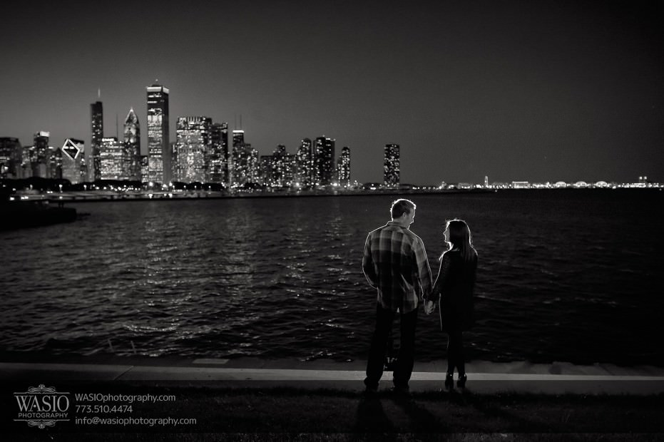 Chicago-black-white-photography-engagement-session_009-931x620 Chicago Black and White photography engagement session - Katherine+Mike