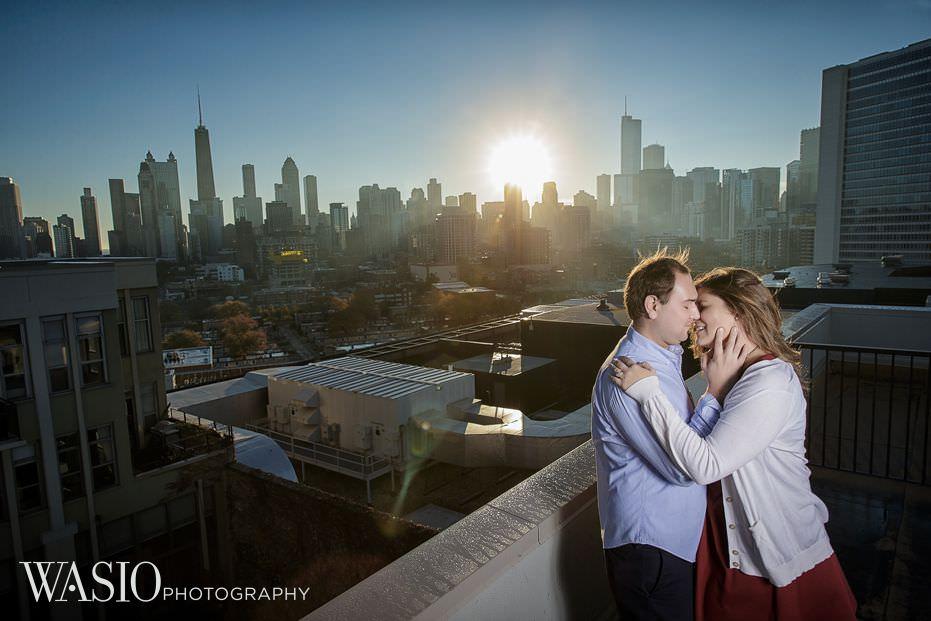 Chicago-engagement-Lincoln-Park-rooftop-sunrise-romantic-skyline-passion-kiss-17 Chicago Engagement - Allie + John