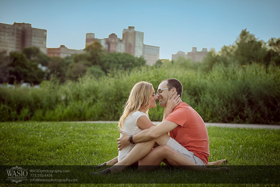 Chicago-engagement-photography-Lincoln-Park-sunset-passionate-kiss-34 Chicago Engagement Photography - Kate + Sami
