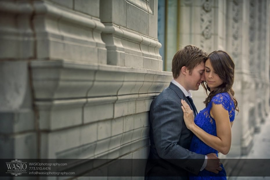 Chicago-engagement-photos-intimate-Wrigley-building_54-931x620 Chicago engagement photos - Catherine + Rob