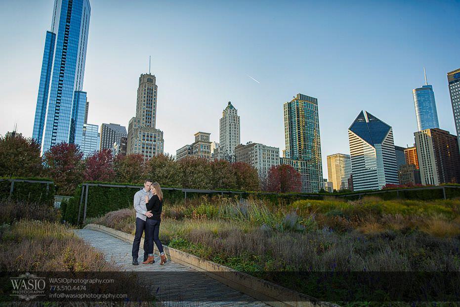 Chicago-engagement-photos-skyline-14 Chicago Engagement Photos - Alina + Mike