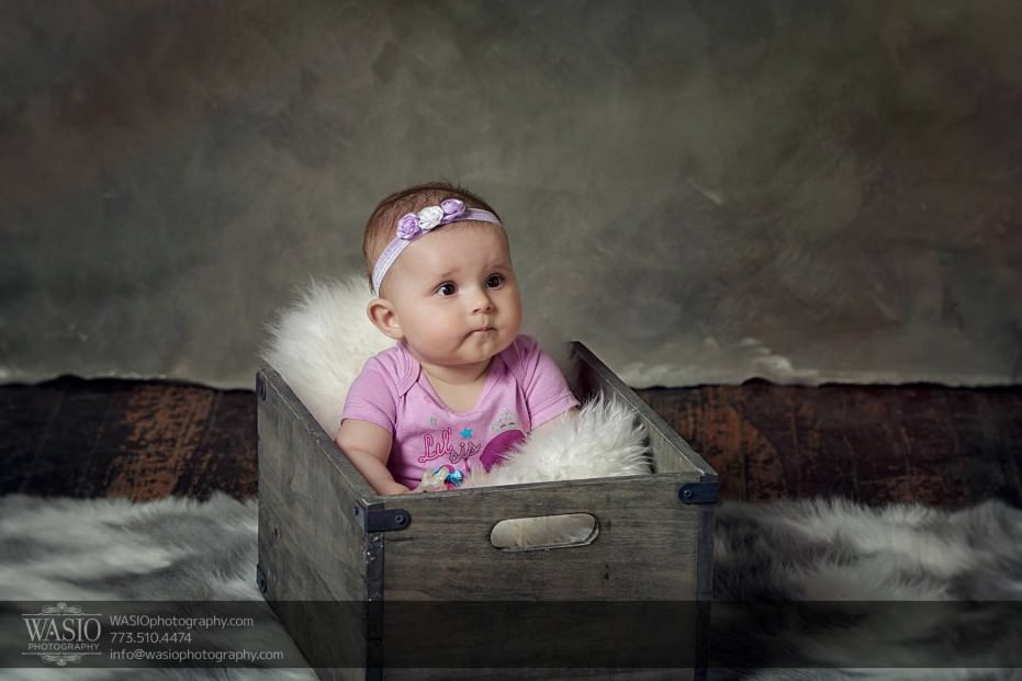 Chicago-family-photography-6-month-basket-crate-rug-girly-066-931x621 Chicago Studio Family Photography