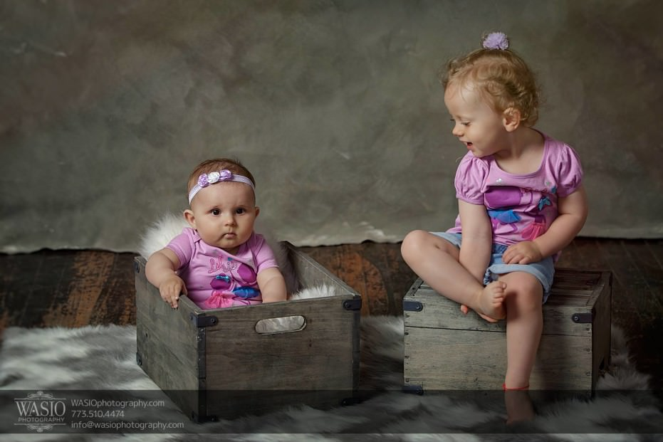 Chicago-family-photography-journalistic-special-moment-6month-1year-064-931x621 Chicago Studio Family Photography