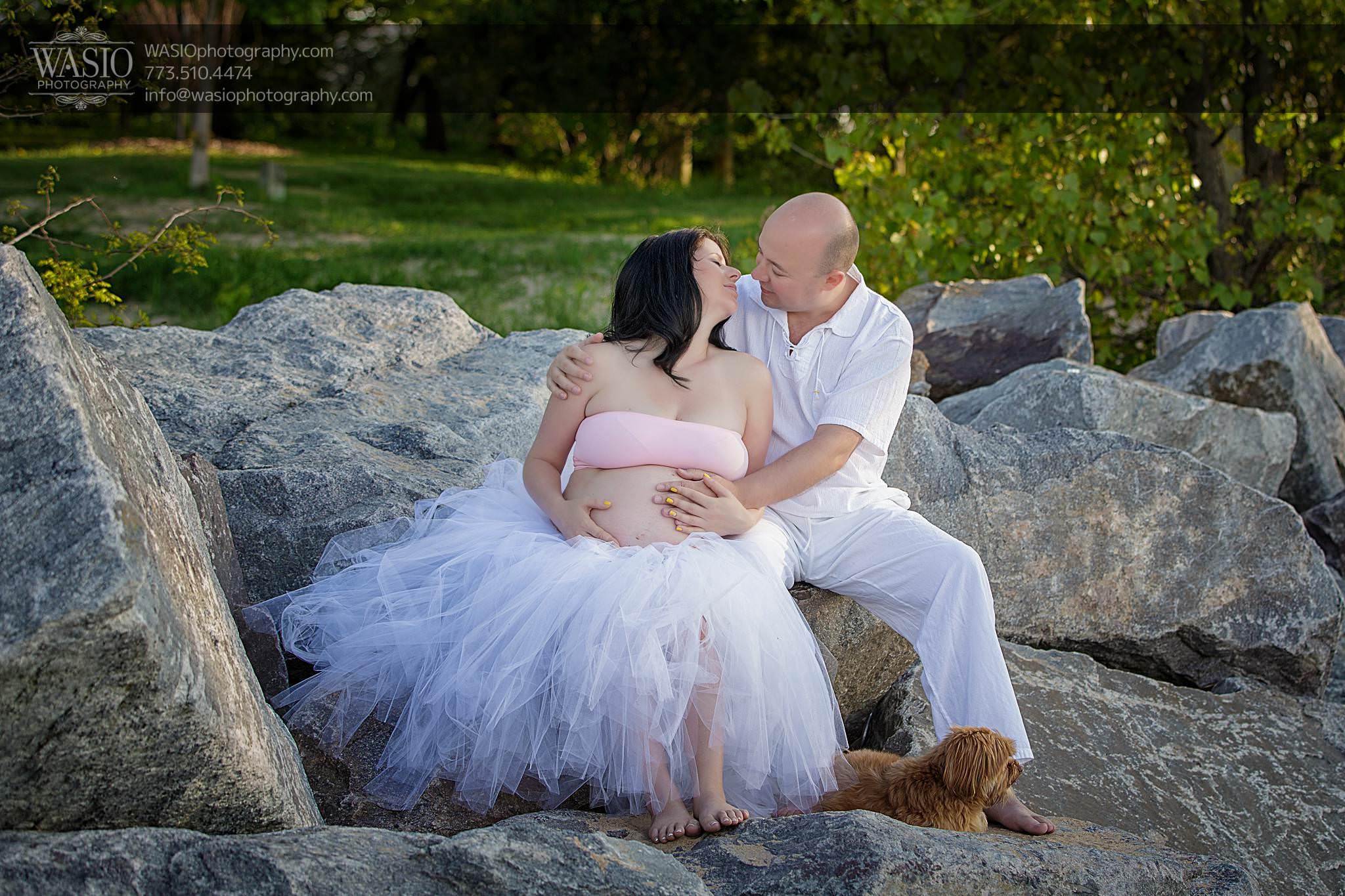Chicago-maternity-photos-romantic-wife-husband-134 Chicago Maternity Photos - Mayya