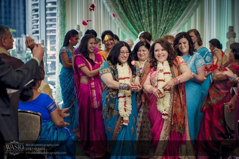 Chicago-same-sex-wedding-down-aisle-rose-petal_31-931x620 Chicago same sex wedding - Katherine + Mitali