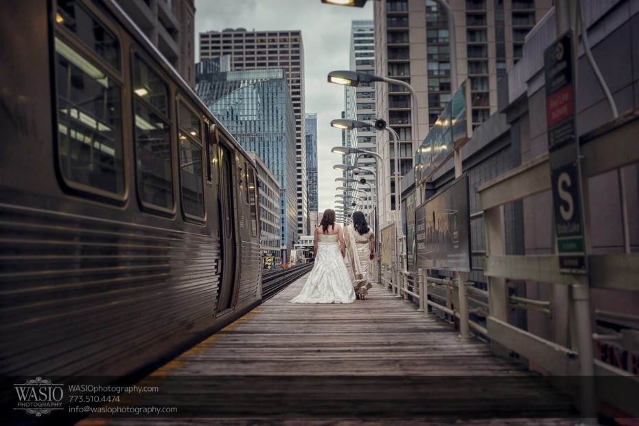 Chicago-same-sex-wedding-l-train-loop-downtown_10-931x620 Chicago same sex wedding - Katherine + Mitali
