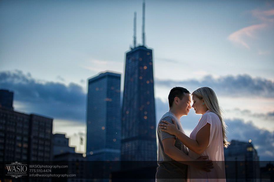 Chicago Summer Engagement – Lindsey + Edward