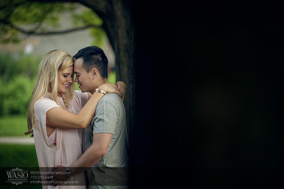 Chicago-summer-engagement-passionate-happy-engaged-couple-hug-snuggle-7 Chicago Summer Engagement - Lindsey + Edward