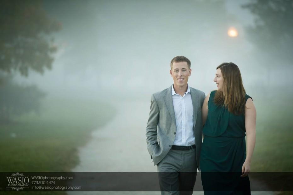 Chicago-sunrise-engagement-fog-sunrise-session-walking-flirt-047-931x620 Chicago Sunrise Engagement - Dana & Nolan