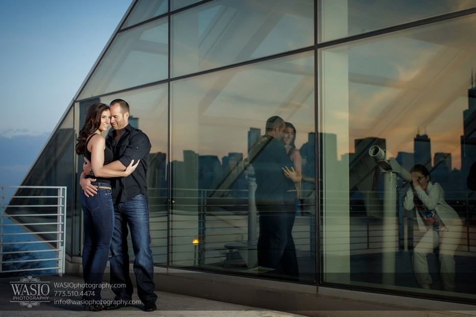 Chicago-wedding-engagement-photography-032-adler-planetarium-sunset-skyline-reflection-931x620 Chicago Sunset Engagement - Lauren+Gianni
