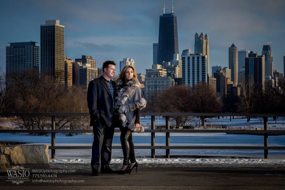 Chicago-wedding-engagement-photography-041-lincoln-park-skyline-winter-931x620 Lavish Lincoln Park Engagement - Nicole + Dean