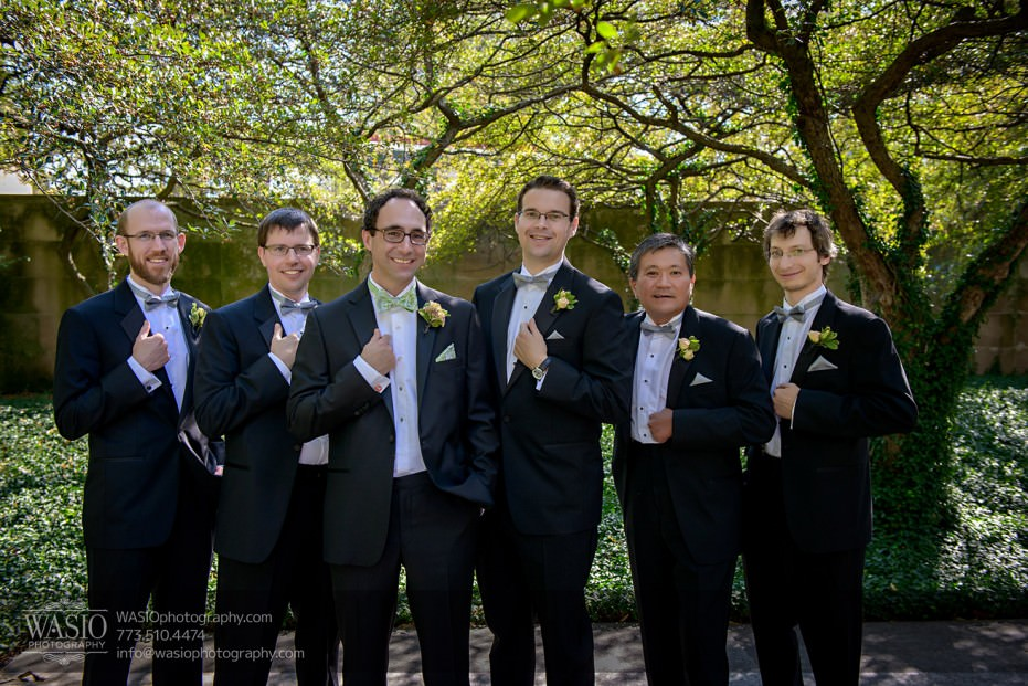 Chicago-wedding-photographer-jewish-allegro-hotel-076-groomsmen-931x621 Chicago Jewish Wedding at Allegro Hotel - Jenny + Scott