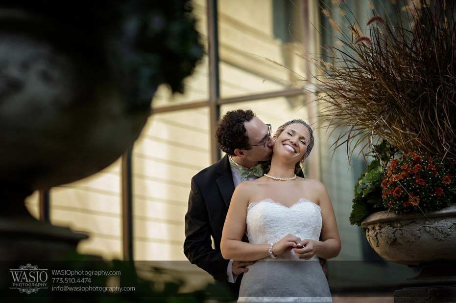 Chicago-wedding-photographer-jewish-allegro-hotel-115-931x620 Chicago Jewish Wedding at Allegro Hotel - Jenny + Scott