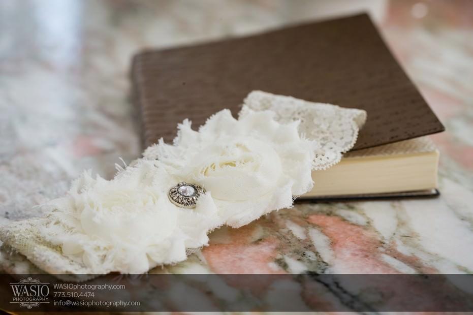 Chicago-wedding-photographers-Danada-house-venue_059-931x620 Rustic Danada House Wedding - Meagen+Mike