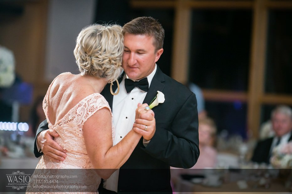 Chicago-wedding-photographers-Danada-house-venue_107-931x620 Rustic Danada House Wedding - Meagen+Mike