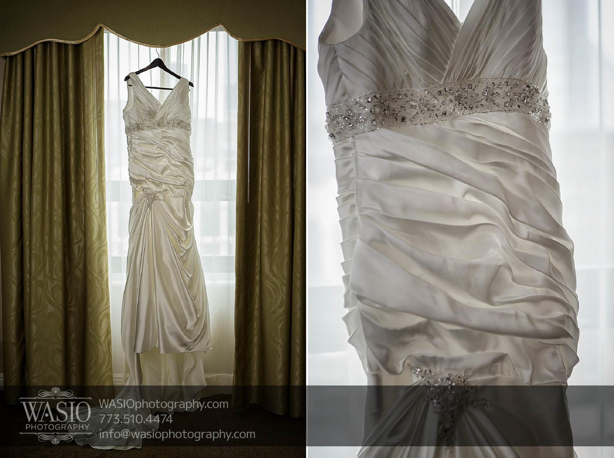Chicago-wedding-photos-Palmer-House-wedding-dress-mermaid-white-crystals-halter-033 Chicago Wedding Photos - Svetlana + Yuriy