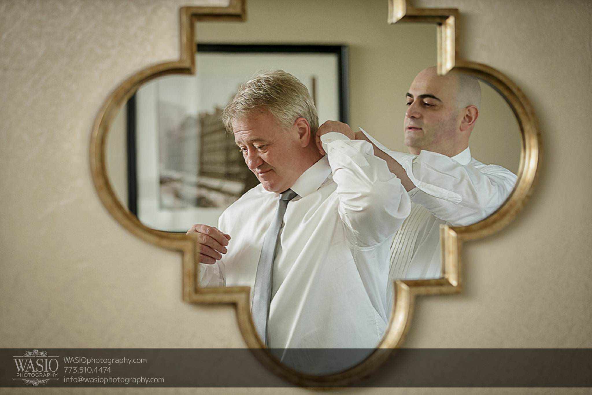 Chicago-wedding-photos-father-of-bride-groom-preparation-golden-mirror-036 Chicago Wedding Photos - Svetlana + Yuriy