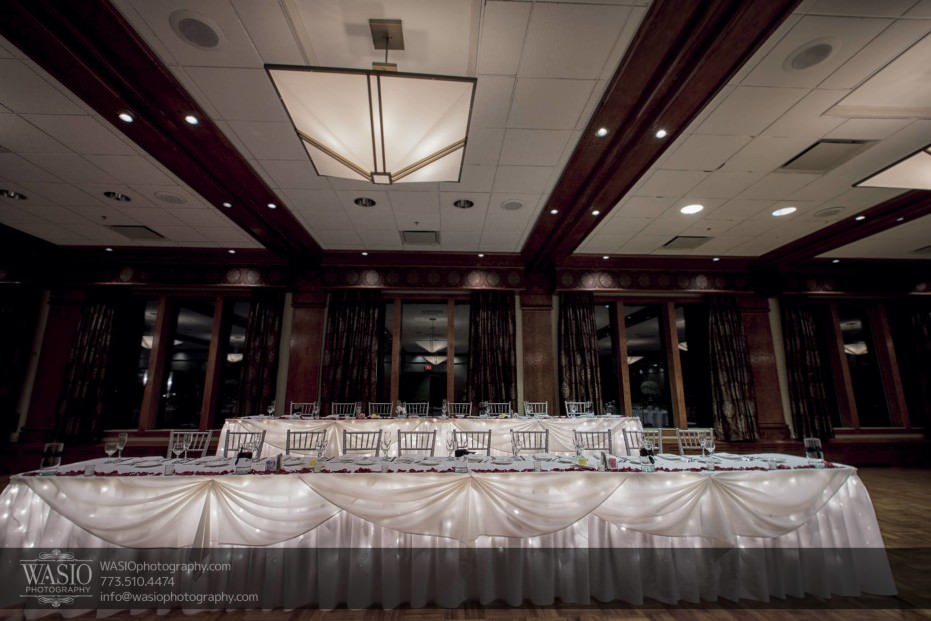 Chicago-winter-wedding-Itasca-country-club-decor_94-931x621 Chicago Winter Wedding - Elizabeth + Paul