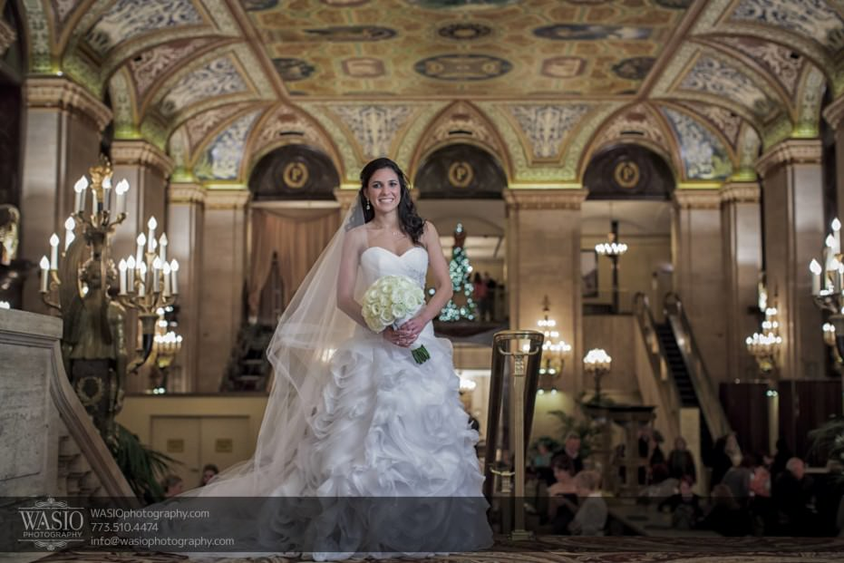 Chicago-winter-wedding-Palmer-house-bridal-portrait_96-931x621 Chicago Winter Wedding - Elizabeth + Paul