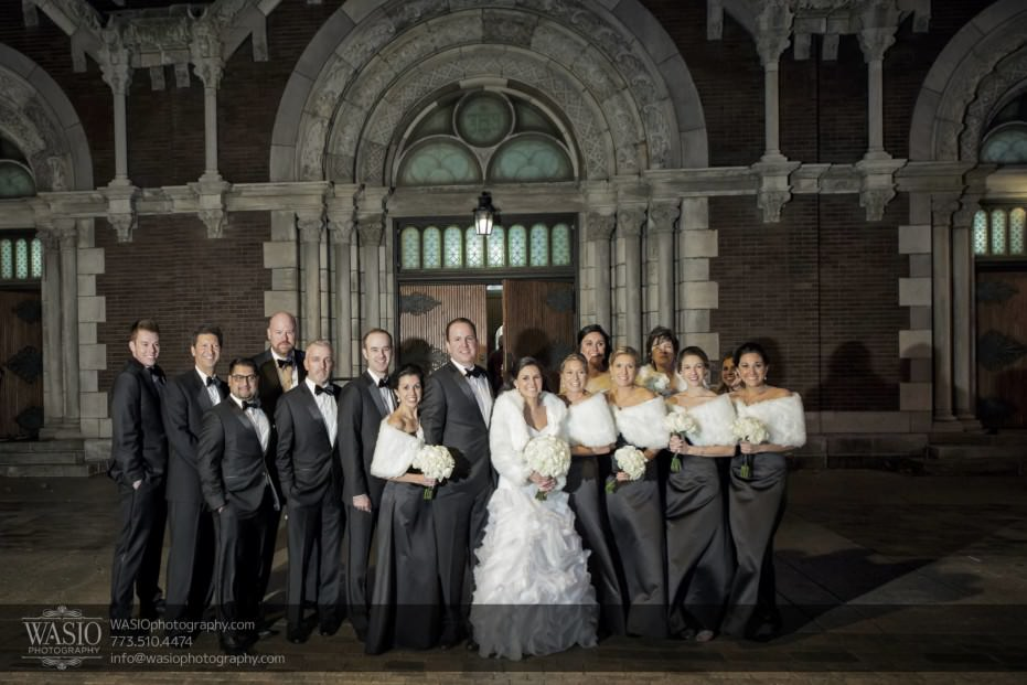 Chicago-winter-wedding-wedding-party-outdoor-group-photo_86-931x621 Chicago Winter Wedding - Elizabeth + Paul