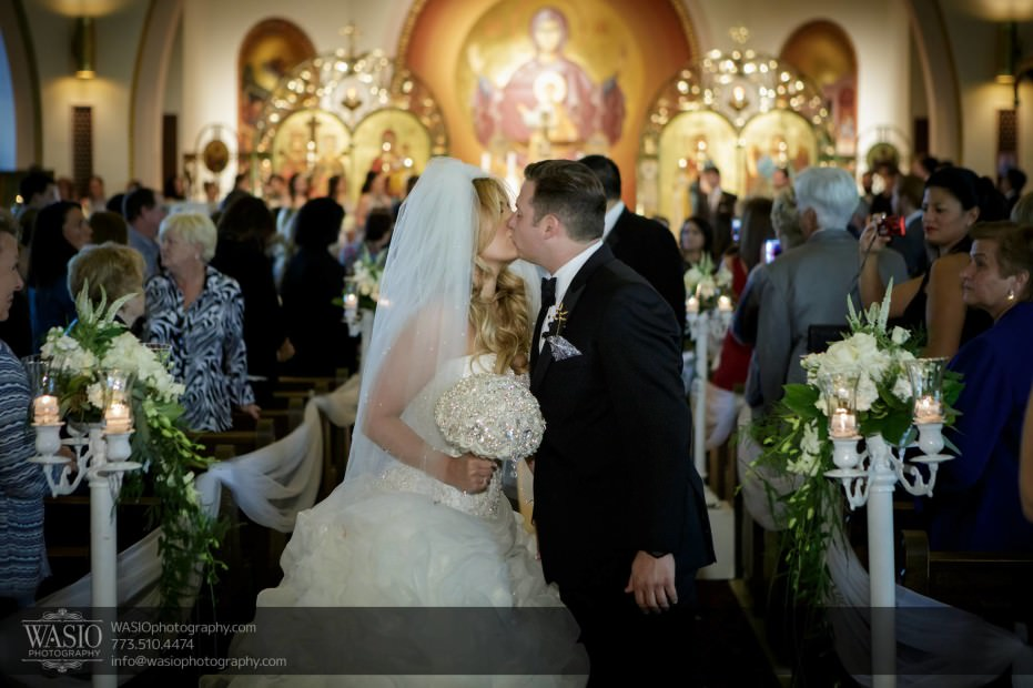 Country-club-wedding-aisle-passion-kiss-love-097-931x620 The Country Club Wedding - Nicole + Dean