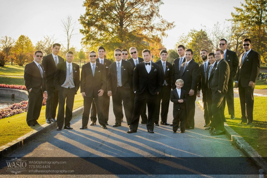 Country-club-wedding-groomsmen-portrait-outdoors-106-931x620 The Country Club Wedding - Nicole + Dean