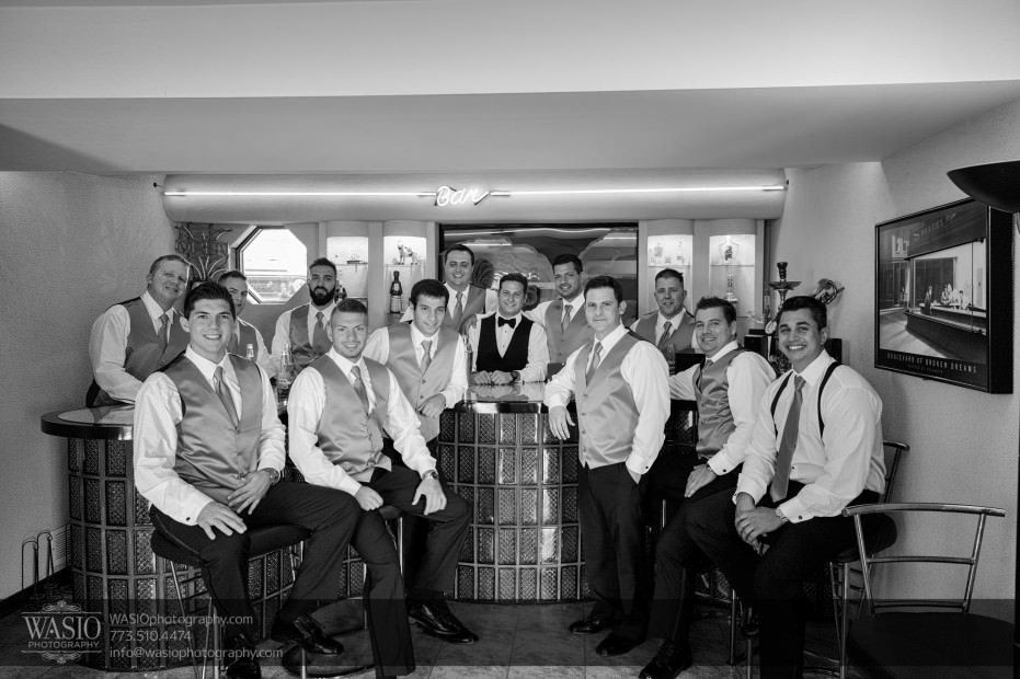 Country-club-wedding-happy-groom-groomsmen-bar-0068-931x620 The Country Club Wedding - Nicole + Dean
