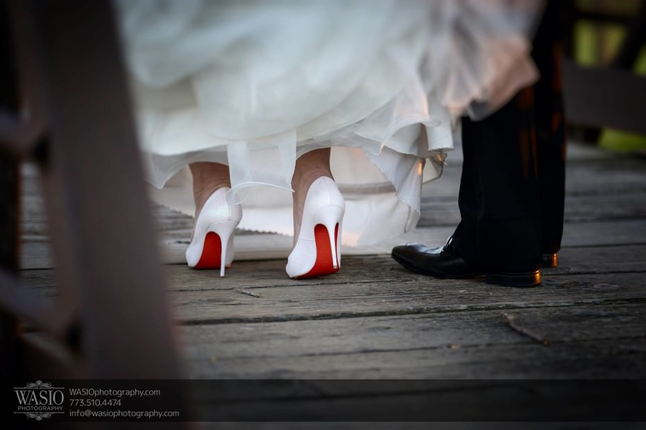 Country-club-wedding-white-shoe-red-sole-louboutin-feragamo-116-931x620 The Country Club Wedding - Nicole + Dean