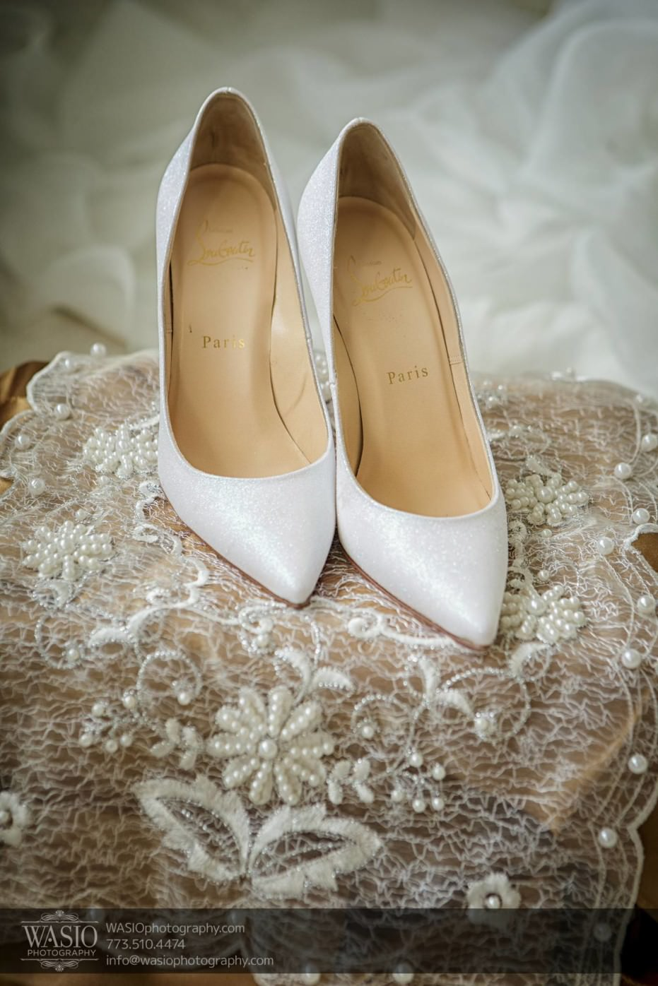 Country-club-wedding-white-shoes-louboutin-red-sole-0059-931x1396 The Country Club Wedding - Nicole + Dean