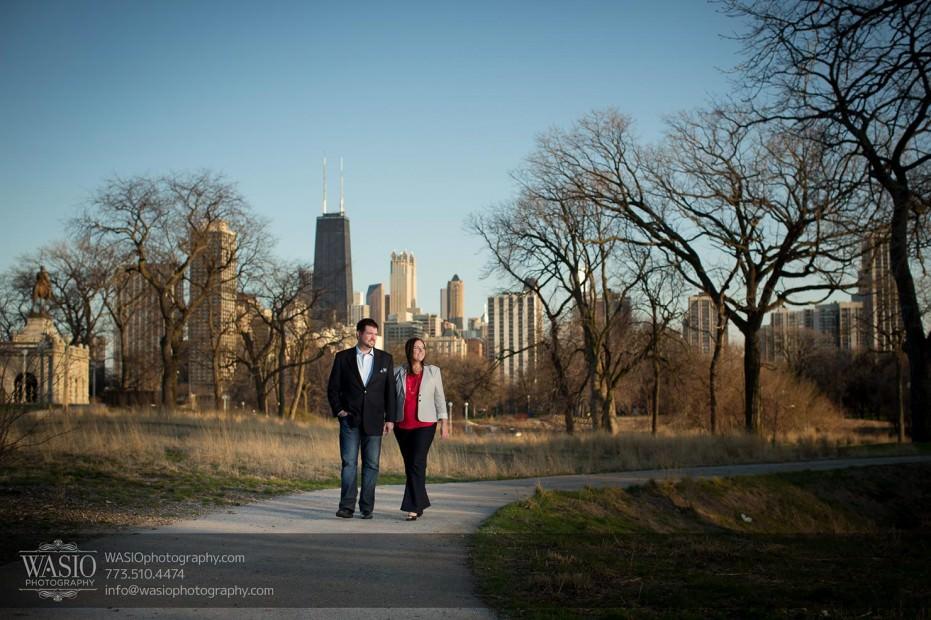 Destination-Chicago-Wedding-Engagement-Photos-WASIO-photography-0096-931x620 Chicago Engagement Photos with Danielle+David