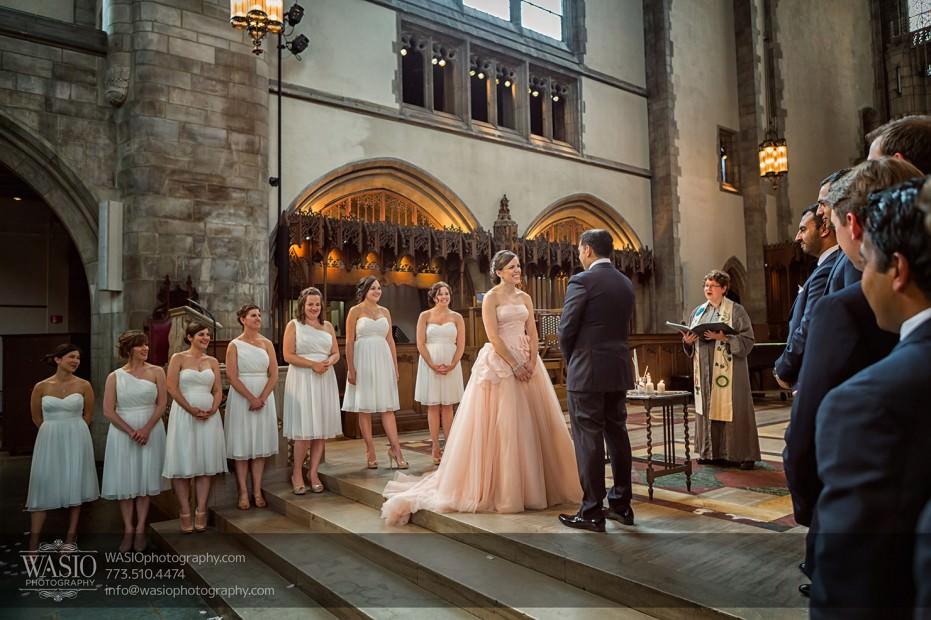 Destination-Chicago-Wedding-Photographer-WASIO-photography-0048-rockerfeller-chappel-wedding-931x620 University of Chicago wedding at Smart Museum of Art - Lynn+Satya