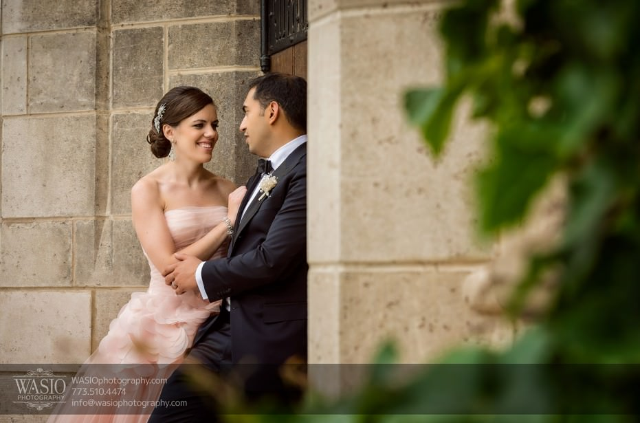 Destination-Chicago-Wedding-Photographer-WASIO-photography-0050-univestiry-of-chicago-931x615 University of Chicago wedding at Smart Museum of Art - Lynn+Satya