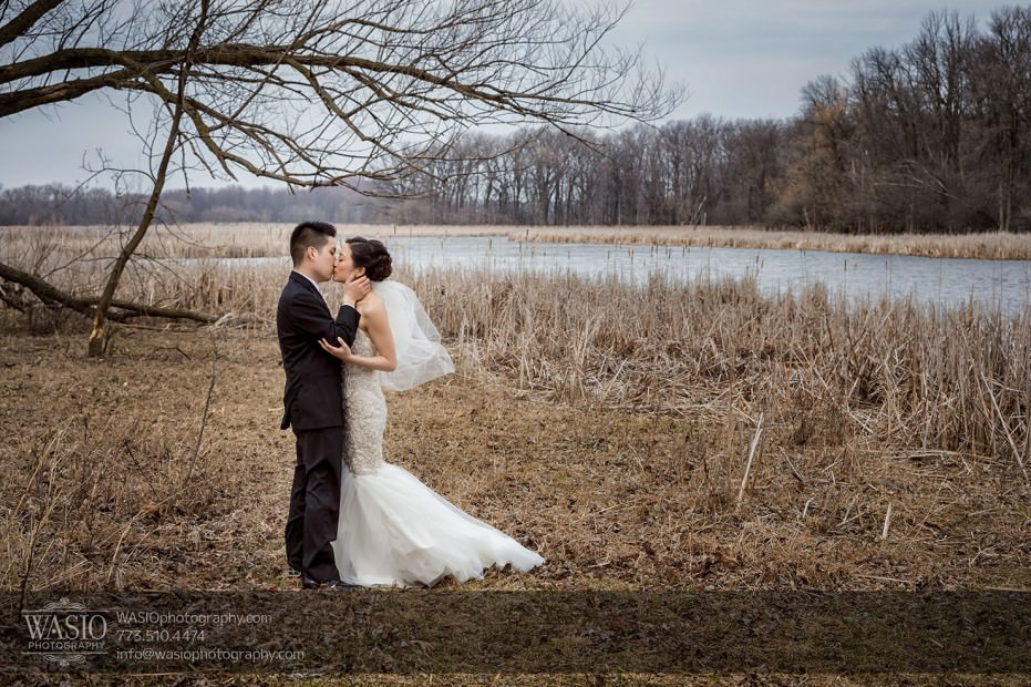 Destination-Chicago-Wedding-Photographer-WASIO-photography-0067-931x620 A Beautiful Wedding at Victoria in the Park - Soy+Patrick