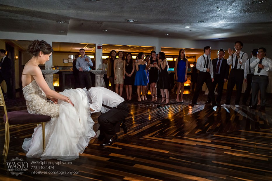 Destination-Chicago-Wedding-Photographer-WASIO-photography-0082-931x620 A Beautiful Wedding at Victoria in the Park - Soy+Patrick